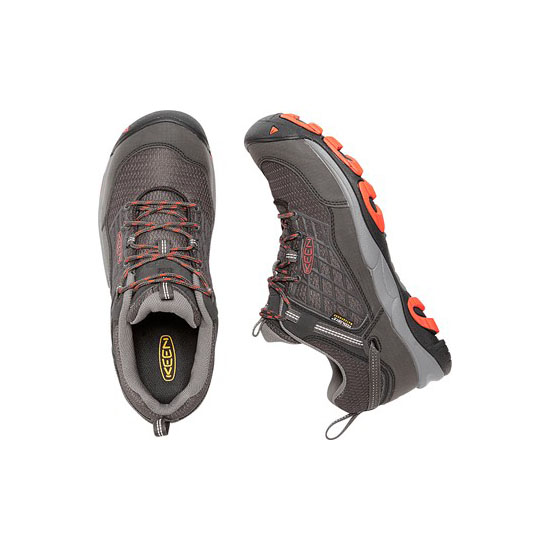 KEEN Men SALTZMAN WP raven/koi On Sale